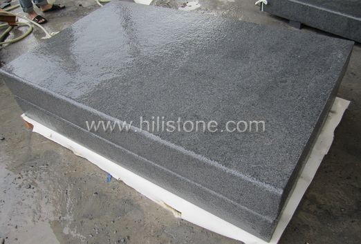 G654 Blue Black Flamed Stone Block Step