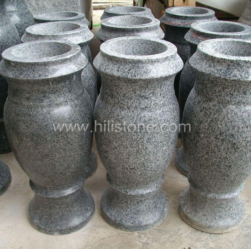 G654 Blue Black Granite Monument Vases